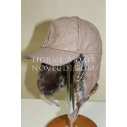 Бежевая зимняя шапка ушанка для девочки Trestelle